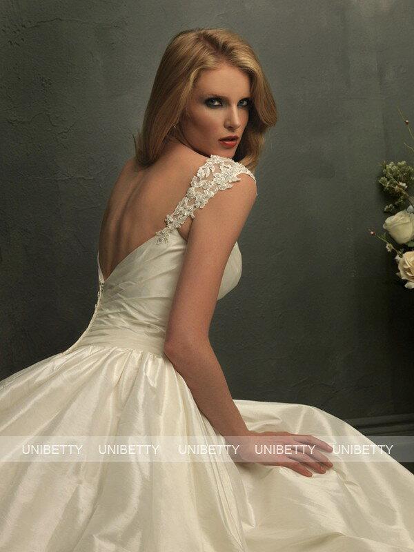 ウェディングドレス 結婚式 オーダードレス ウエディング プリンセスライン 結婚式 披露宴 演奏会 二次会 花嫁 WS0569