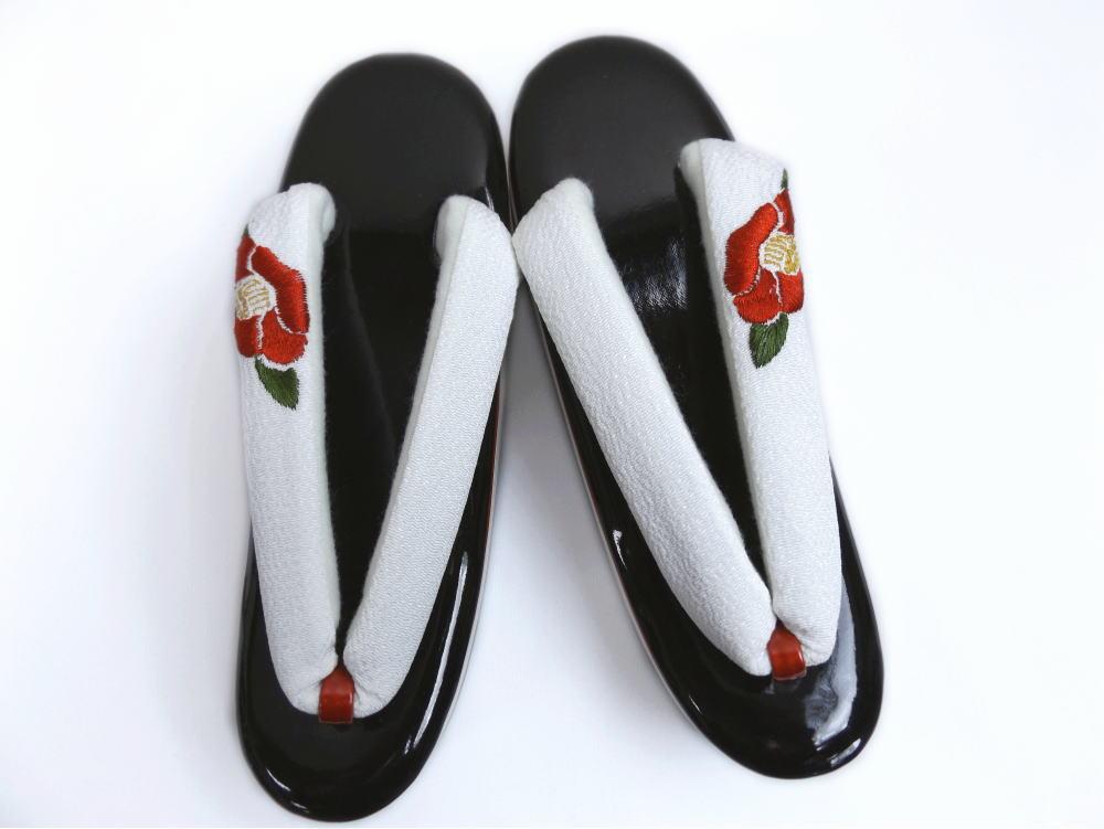 振袖成人式&卒業式袴・着物に 舞妓さんこっぽり風厚底3段ヒール草履ぞうり黒台椿刺繍鼻緒白