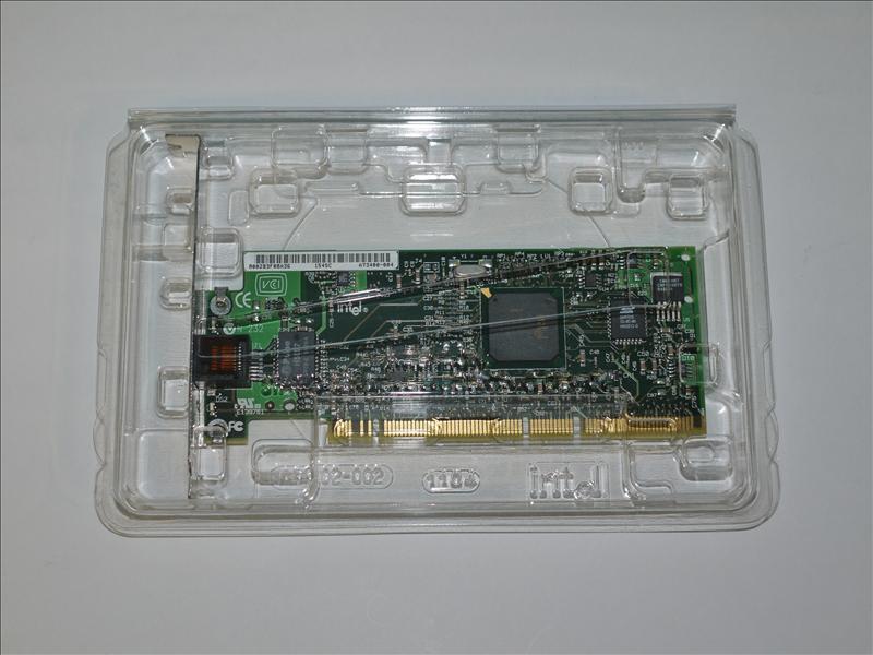 Intel Pro/1000 XT A73400 Server Adapter Ethernet LAN PCI Card 【新品】【全品送料無料セール中!】