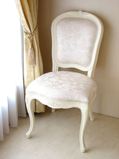 輸入家具■オーダー家具■プリンセス家具■薔薇■ダイニングチェア■ホワイト