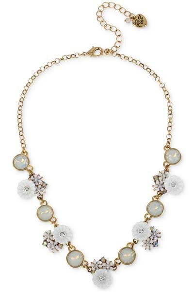 ベッツィージョンソン Betsey Johnson ネックレスGold-Tone Iridescent Disc and Flower Statement Necklace  ネックレス(フラワー)ブランド レディースネックレス ギフト