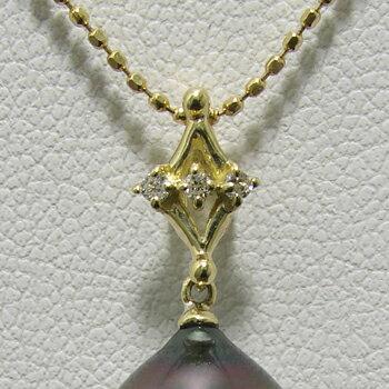 「3石のダイヤモンドが煌くダイヤモチーフペンダントトップ金具(K18)」(真珠用)[n5]