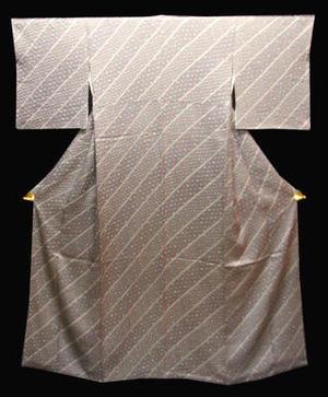 正絹 小紋きもの NO135薄グレー地に斜線絞りに変わり絞り麻の葉柄送料無料【smtb-TD】【yokohama】【中古】