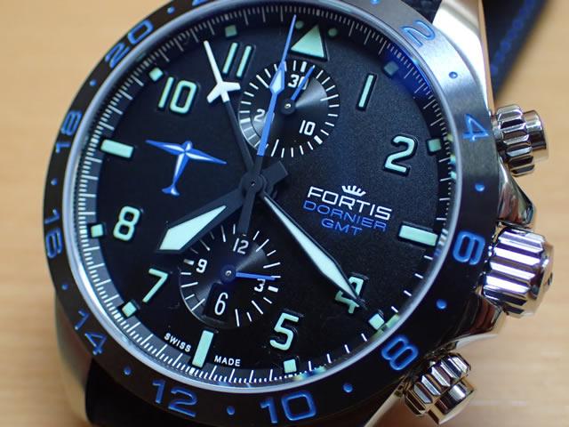 cd8e8f8346 フォルティス ドルニエ GMT リミテッド 42mm Ref.402.35.41LP 時計に付いているブラックのストラップのほかに、2本のブルーのストラップつき  買いしたい