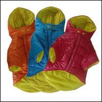 フード付きの ダウンコート です。裏生地はイエローのあざやかカラー生地を使用全3色!対象: ...