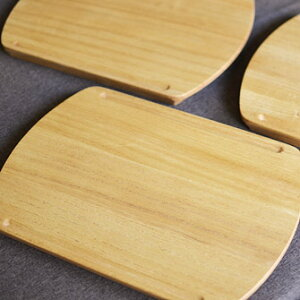 【カッティングボード】軽くて抗菌性の高い桐製