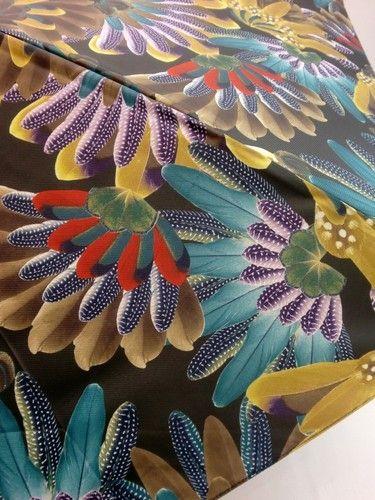 雨傘・折畳傘-婦人超軽量カルゼツイル生地クジャク柄丸ミニ日本製折畳雨傘