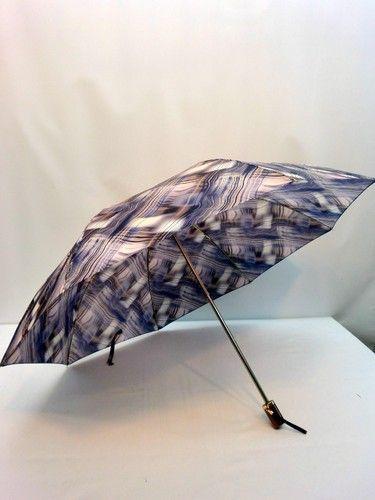 雨傘・折畳傘-婦人日本製波線ぼかし柄軽量金骨2段式折り畳み雨傘