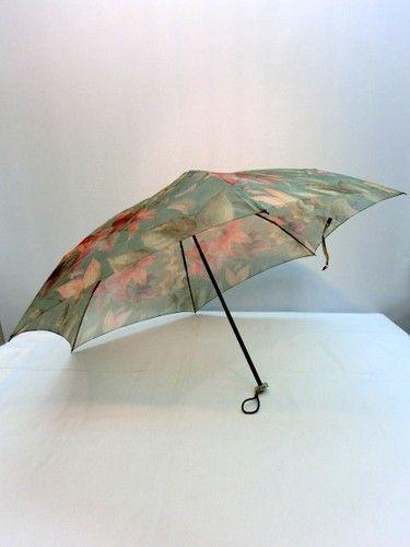 雨傘・折畳傘-婦人極薄オーガンジー楓柄超軽量ミニ折畳日本製雨傘
