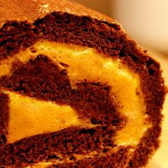 表面はマカロン、中はチョコケーキとキャラメルクリーム♪本当にこれがダイエットケーキなの?...