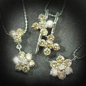 ホワイトゴールド×天然ダイヤ1ct選べる1カラットダイヤモンドペンダント(ネックレス)