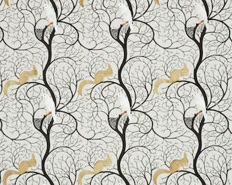 白地にゴールドのリスと白いハト