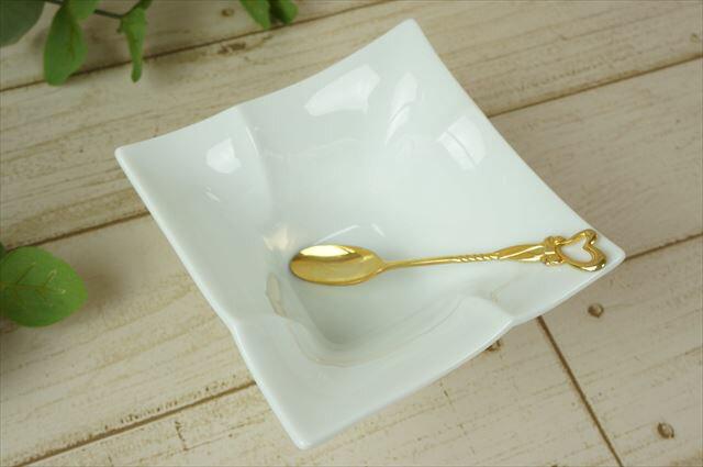 Isola-イゾラ- 12cm スクエア デザート ボウル ホワイト スクエアー miyama 深山 ミヤマ 正角 フレンチ ボール 皿 食器 白磁 陶器 日本製 美濃焼 みずなみ焼 業務用 ラッピング不可