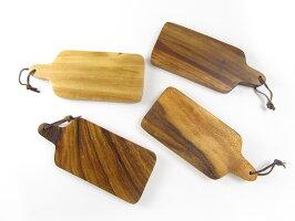 【アウトレット品】アカシア カッティングボード 26.5cm 木製 まな板 アカシアプレート 小さめ 木 木製 ナチュラル ウッド 北欧 テイスト キッチン 雑貨 おしゃれ かわいい 可愛い デザイン ウッドバーニング 訳あり