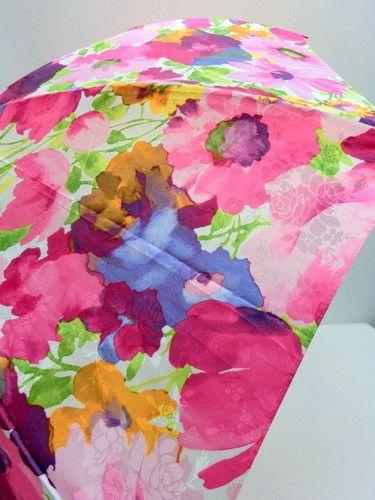 雨傘・折畳傘−婦人ポリエステルサテンジャガードぼかし花柄日本製軽量コンパクト骨折傘
