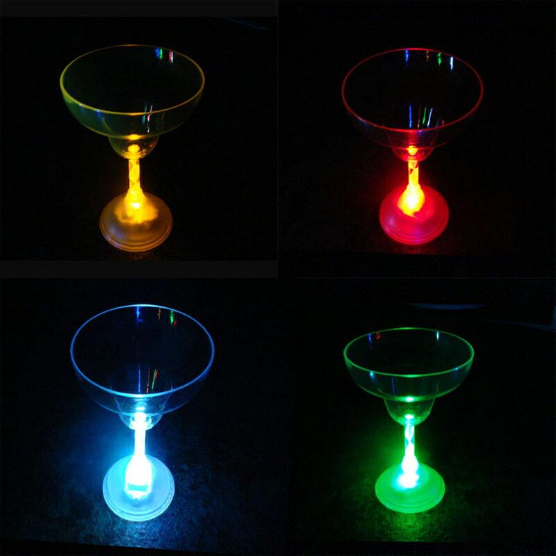 光る カクテルグラス スイッチ式 T型 レインボー シャンパングラス ウイスキー タンブラー おしゃれ コップ LED プラスチック アクリル 割れない 結婚式 クラブ バー パーティーグッズ 披露宴 お酒