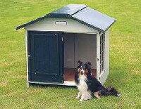 【送料無料!】屋根裏構造を採用し、保温性をもたせた犬舎両サイドに網戸付きのスライド式窓付きアイリススチール切妻犬舎SLH-12適合犬(目安):中型犬