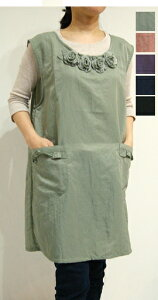 ひもタイプ 花 エプロン ナイロン 撥水加工 かわいい 可愛い 女性 ミセス マダム ママ 婦人 料理 料理教室 陶芸 ...