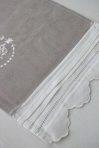 【全品8%引き中】フランスから届くフレンチリネン(ランチョンマット・グレー×ホワイトスカラップ)【BlancdeParis】プレースマットモノグラム刺繍シャビーシックアンティーク風フレンチカントリーフランス