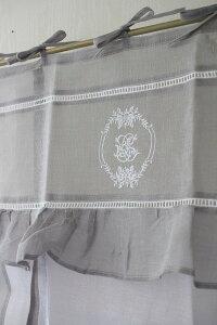 フランスから届くフレンチリネン(ウィンドウカーテン60×160・ホワイト×グレーフレーム)【BlancdeParis】リボン調整カフェカーテンのれんモノグラム刺繍シャビーシックアンティーク風フレンチカントリーフランス