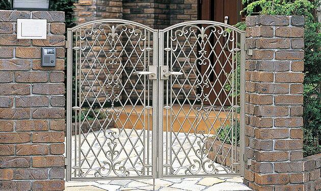 アーラス 鋳物門扉 両開きセット:住まコレ