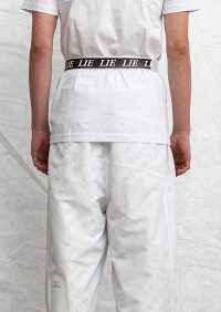 UEG(ウーサーエジェッタ)BUCKLEBELTWHITELIE(WHITE)[ロングベルト/バックル/ロゴ/ユーイージー/UNISEX][ホワイト]
