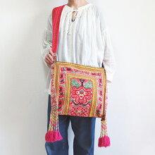 モン族フリンジショルダーバッグモン族ミャオ族苗族民族衣装手刺繡1点もの