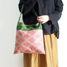 シルクカンタ刺繍ショルダーバッグインドの刺し子布ラリーキルトカンタ刺繍肩掛けバッグ