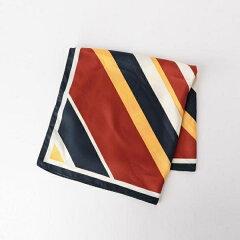 ドラマ地味スゴの悦子(石原さとみ)が使うスカーフのブランドは?