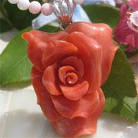 天然紅珊瑚有浮雕的貝殼浮雕銀吊墜