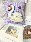 Mayaハンドメイド刺繍クッション白鳥パープル可愛い雑貨