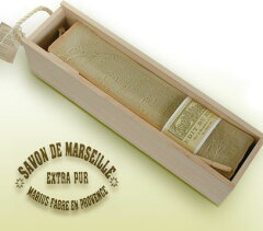 300年の伝統を持つオリーブオイル石鹸、マルセイユ石鹸。マリウスファーブル社が大切にしている...