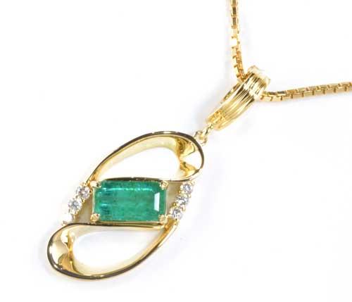 K18 エメラルド 1.40ctダイヤモンド 0.16ct 18金 ペンダントネックレス《!》