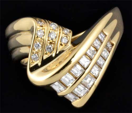 K18 バゲットカットダイヤモンド 0.46ctダイヤモンド 0.07ct 18金 リング《!》