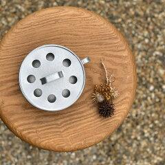 ブリキの蚊取り線香入れ蚊取り線香ケースブリキフィンランド製テラスアウトドア公園お花見シルバー色トレンドおすすめ人気