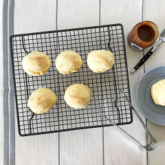 イギリスのケーキクーラーBritishcakecoolerケーキクーラー丈夫スチール製お菓子作りトレンドおすすめ人気