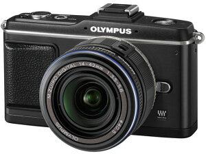 オリンパス「PEN E-P2ボディ ブラック」と標準ズームレンズ「M.ZUIKO DIGITAL ED 14-42mm F3.5-...