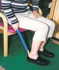 長柄の靴べら(フック付き) 【介護用品/長い靴べら(シューホーン)/片麻痺/リハビリ】