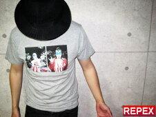 全国送料無料COMUNE【KISS2PHOTO】Mサイズ・Gray・グレー・Tee・コミューン・半袖Tシャツ・ビームス・BEAMS・ハイブランド・ストリート・トラッド・サロン・ロック☆スペシャルプライス☆