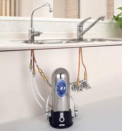 πウォーター浄水器:パイウォーター浄水器の最高機種「超水」AW-2000(ビルトイン型・アンダー...