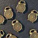 手芸・雑貨のお店 カーサ・セレノで買える「アンティークチャーム 目覚まし時計SD-107」の画像です。価格は66円になります。