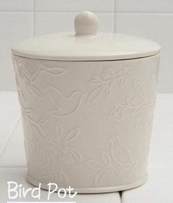 鳥の模様いが、可愛い『エチケットポット』アイボリー陶器製