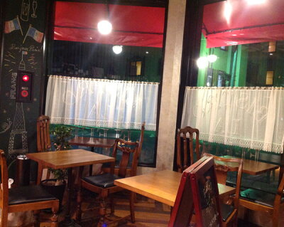 細幅窓用【横70cmx縦70cm】ティアラのレースが、可愛い『カフェカーテン』シンプル可愛いセミロング