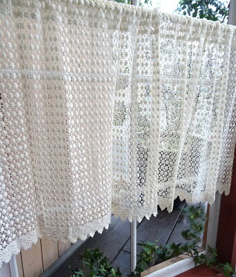 綿糸の超調湿効果で結露軽減『カフェカーテン』大人のシャビークラシック【45cm★送料無料】コットンドット模様シンプルだけど何処か愛らしい住む方の子持ちを優しくしてくれる。ナチュラルカラーアイボリー北欧スタイルにもアレンジ次第で色々【HLS_DU】