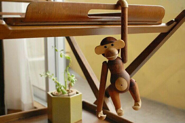 カイ・ボイスン モンキー(小)Kay Bojesen Monkey リプロダクト品 (チーク材) 木製玩具 置物 置き物 オブジェ 北欧インテリア インテリア雑貨 北欧デザイン 木製おもちゃ 木のおもちゃ 動物 さる サル お猿さん おしゃれ かわいい プレゼント 贈り物