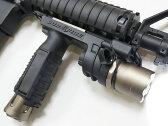 【SUREFIREタイプレプリカ】M910バーティカルグリップライトレプリカ(SUREFIRE立体刻印)