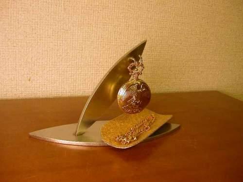 懐中時計 スタンド ダブルリーフトレイ付き懐中時計スタンド DK760