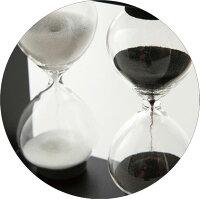 ガラス砂時計102の砂時計部分の拡大