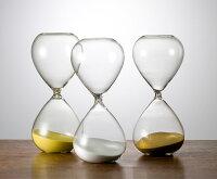 シンプルな60分計のガラス砂時計