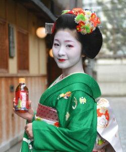 京料亭でもてなされる、すっきり味わいのある番茶(ほうじ茶)です。今ならもれなく大人気の舞...